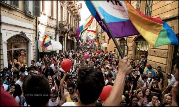 Difendiamo i diritti: appello ai parlamentari delle associazioni lgbt+